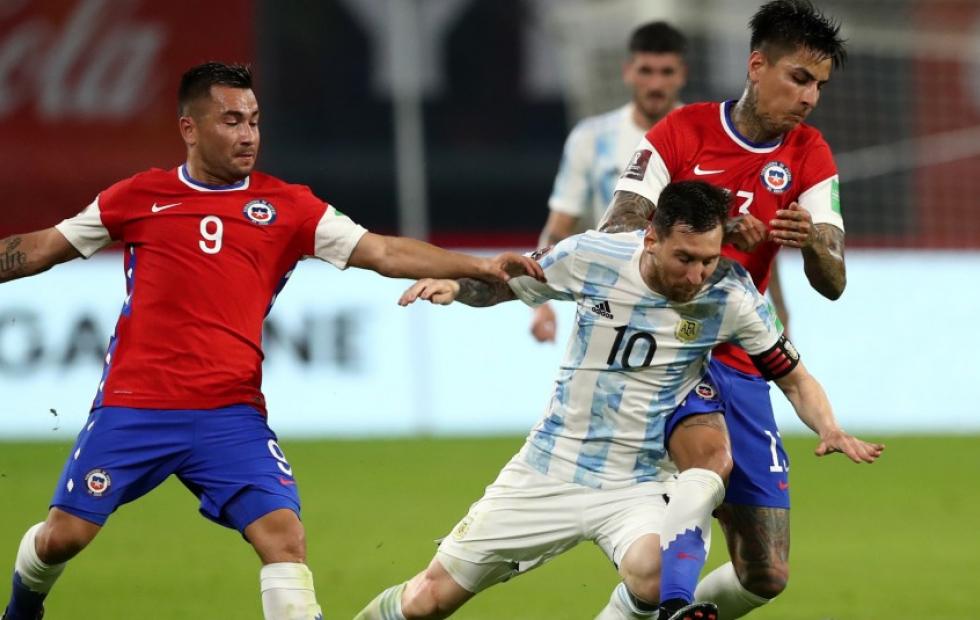 Arturo Vidal encabeza la lista de Chile para la Copa América
