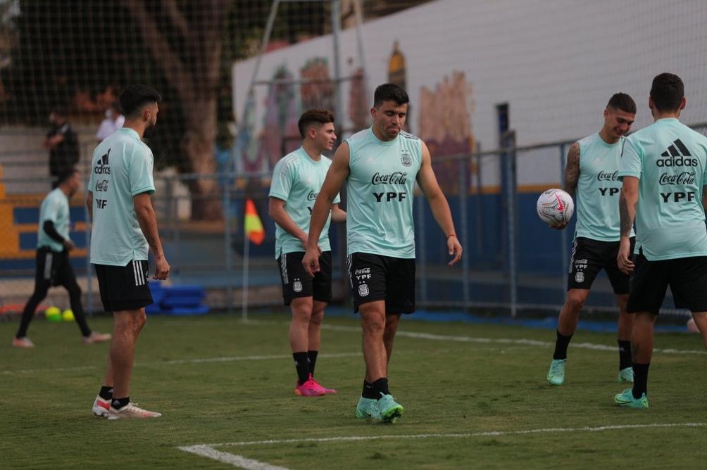 argentina entrenamiento ezeiza copa america 2021.jpg