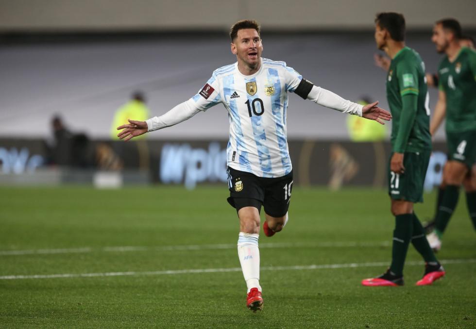 Messi gol ante bolivia festejo eliminatorias sep 2021.jpg