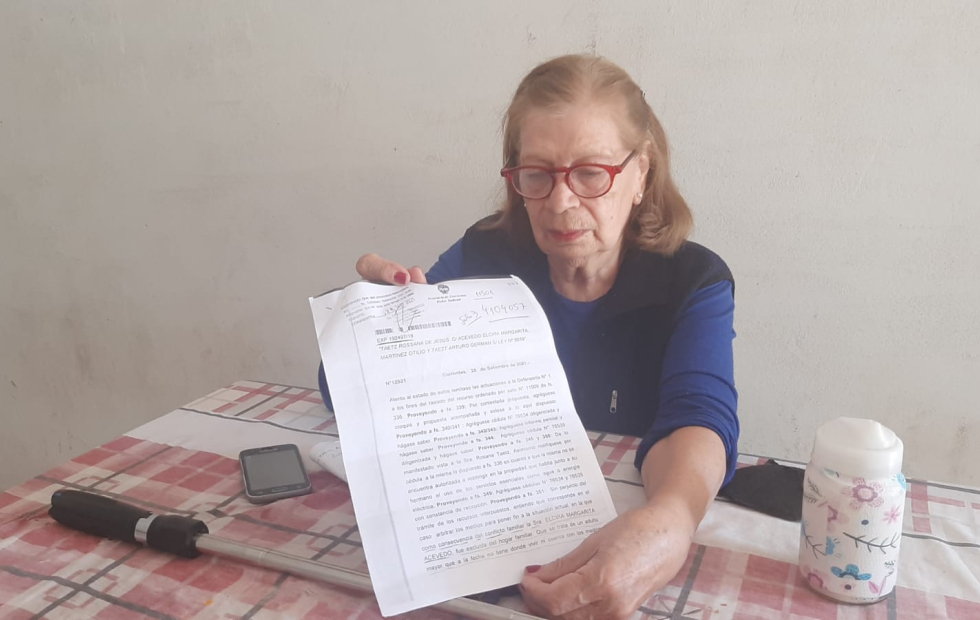 Su hija la echó de su propia casa y pide ayuda para poder volver