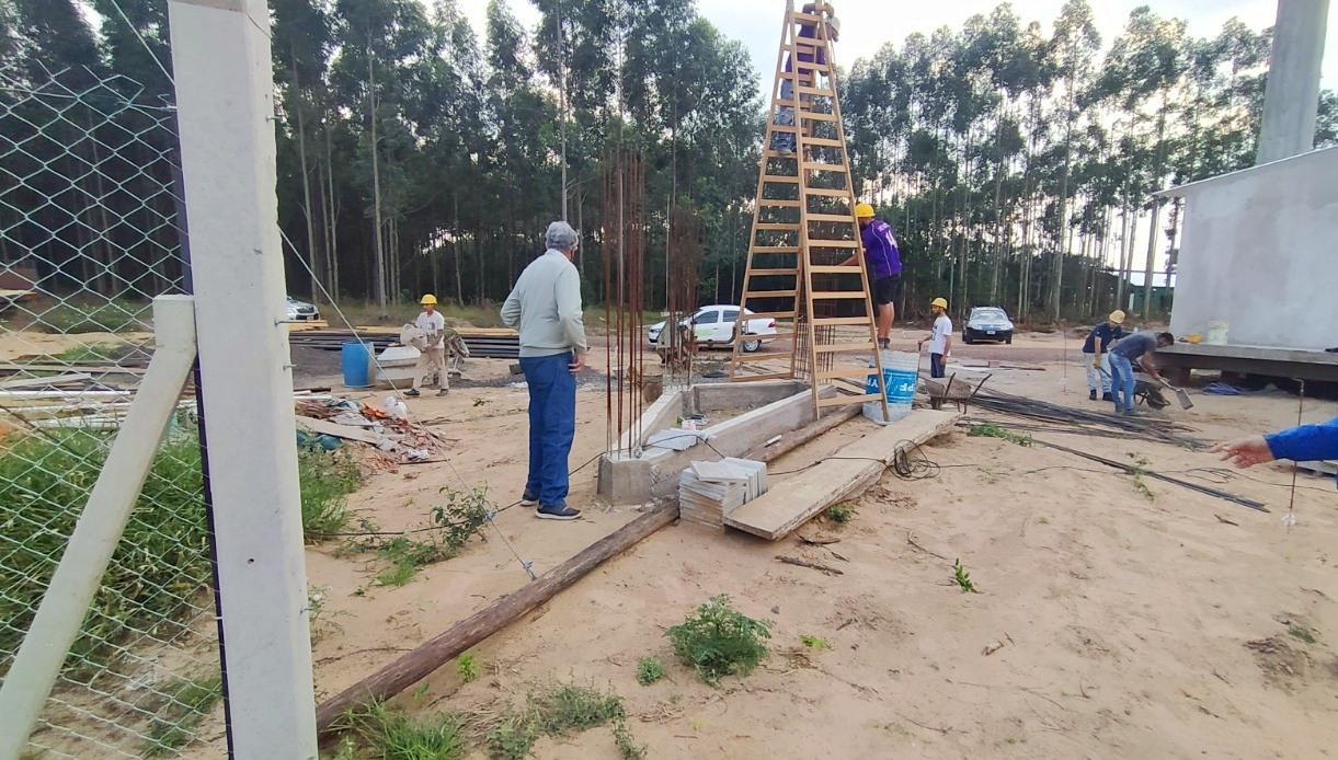 La provincia construye el portal de acceso y cerco perimetral de parque industrial de Ituzaingó