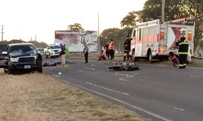 Un motociclista murió tras chocar de frente contra una camioneta
