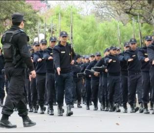 Valdés anunció la inauguración de una nueva escuela de la Policía de Corrientes