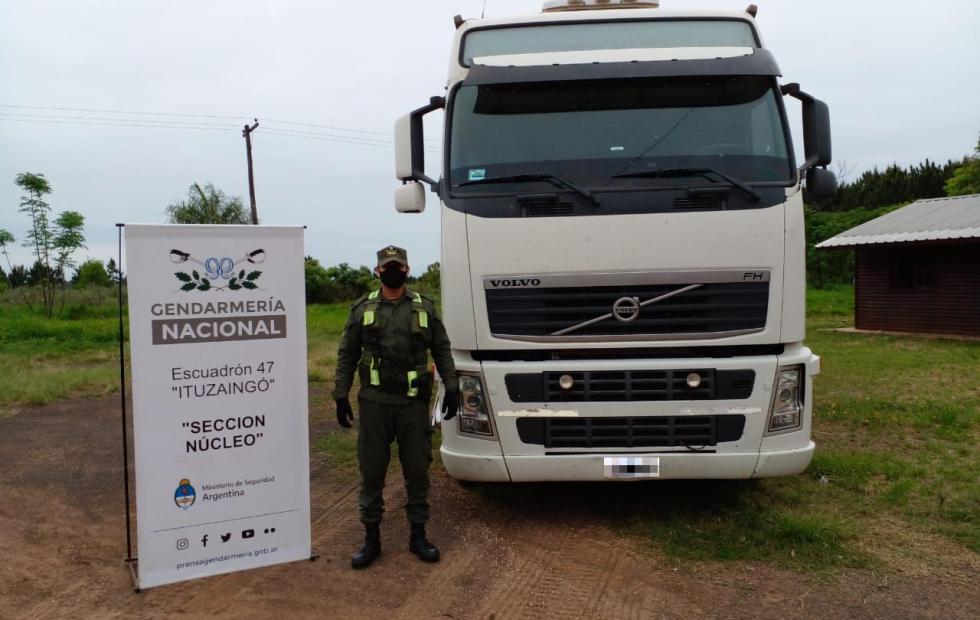 Incautan en Corrientes 65 toneladas de soja que era contrabandeada en camiones