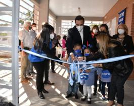 El gobernador inauguró un nuevo jardín de infantes en Mburucuyá