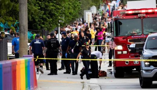 Una camioneta embistió la marcha del Orgullo LGBTQ y murió una persona