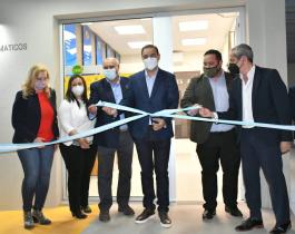 Gustavo Valdés y el presidente del Banco de Corrientes inauguraronuna red de cajeros automáticos