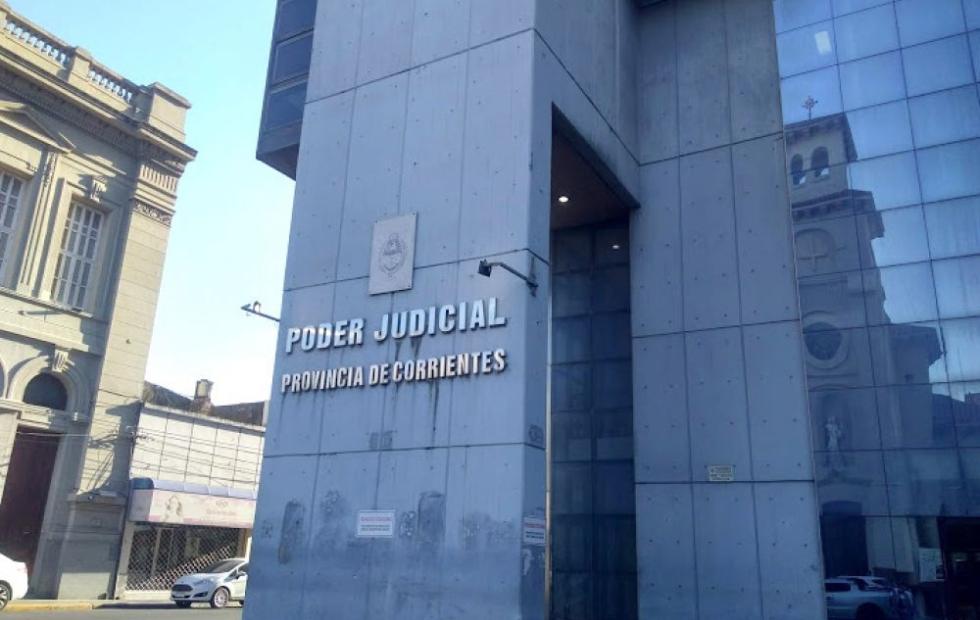 Tras cuatro años con la causa estancada, liberaron a una pareja acusada de violar a sus hijas en Corrientes