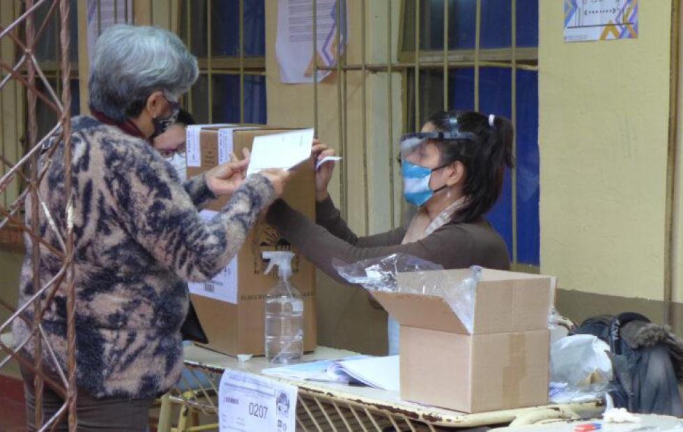 Cómo votarán las personas con coronavirus en las elecciones de Corrientes