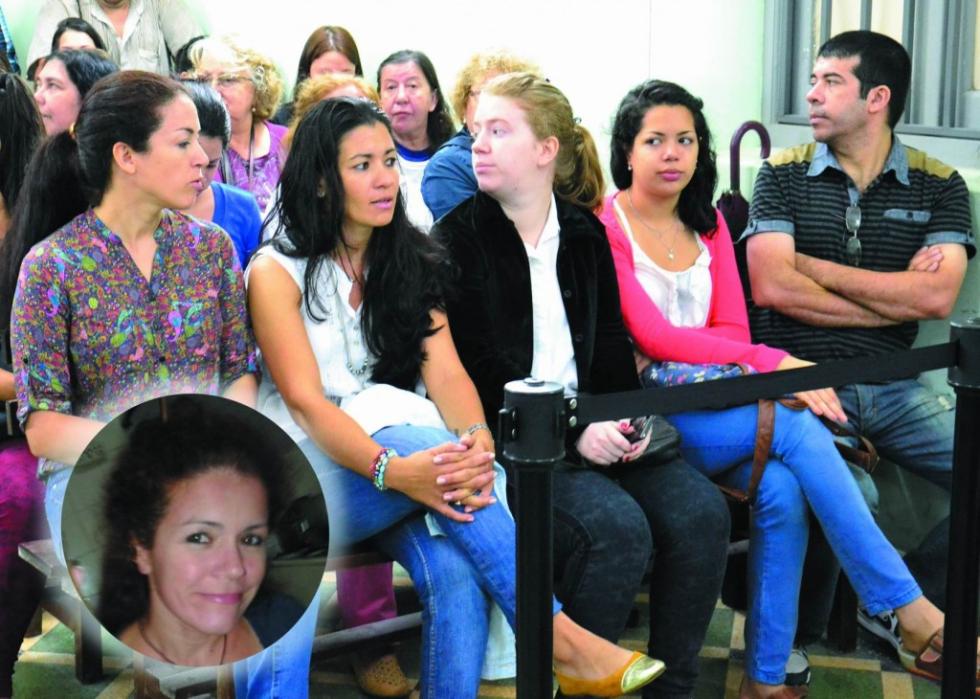 familiares de Eli Verón durante el juicio por su femicidio.jpg