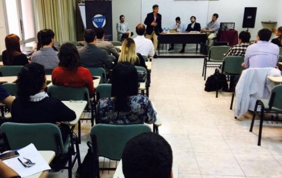 Fundación invita a su seminario de Jóvenes Líderes 2021