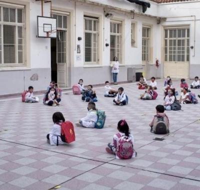 A las aulas: se terminan las burbujas y vuelve la presencialidad