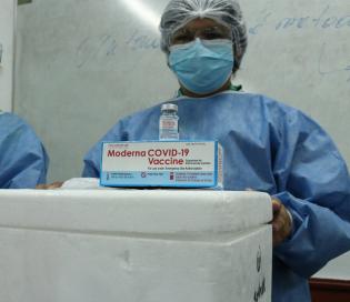 Los esquemas combinados de vacunas realizados en Argentina fueron seguros y generaron buena respuesta inmune