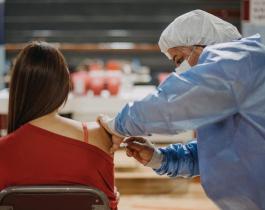 Argentina alcanzó la inmunización de más del 55 por ciento de la población