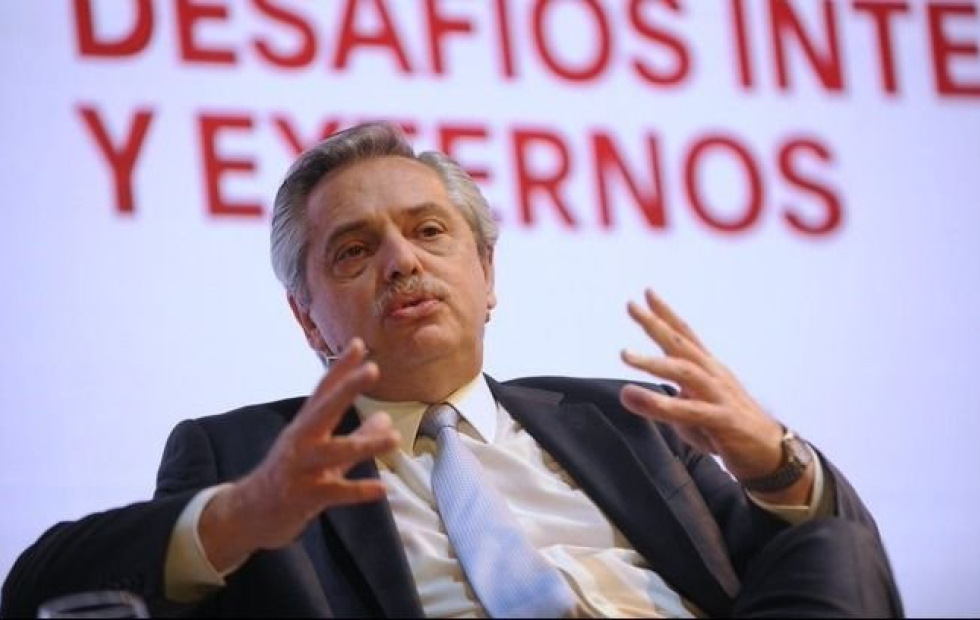"""El presidente volvió a criticar una tapa de Clarín: """"Sería bueno que nos una un objetivo común"""""""