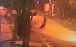 Le robaron la bici a un delivery: le dio una paliza al ladrón y quedó detenido